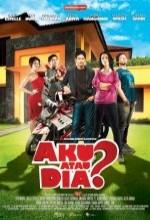 Aku Atau Dia? (2010) afişi