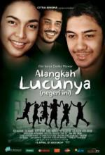 Alangkah Lucunya (2010) afişi