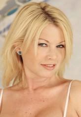 Carolyn Monroe profil resmi
