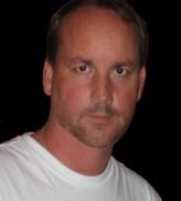 Fred Dekker profil resmi