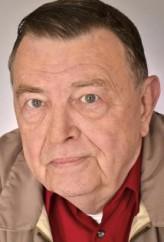 Gene Jones profil resmi