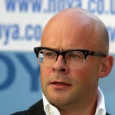 Harry Hill profil resmi