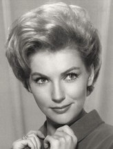 Joan O'Brien profil resmi
