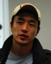 Lee Byeong-hun (i) profil resmi