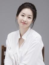 Lee Si-Ah