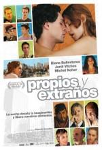 Propios Y Extraños (2010) afişi