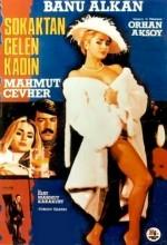 Sokaktan Gelen Kadın (1984) afişi