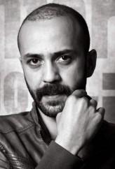 Sarp Akkaya profil resmi
