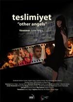 Teslimiyet (2010) afişi