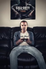 The Online Gamer Sezon 1 (2009) afişi