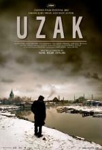 Uzak (2005) afişi