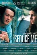 Zapelji me (2013) afişi