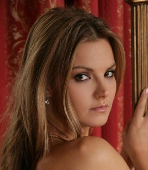 Suzie Carina Nude Photos 34