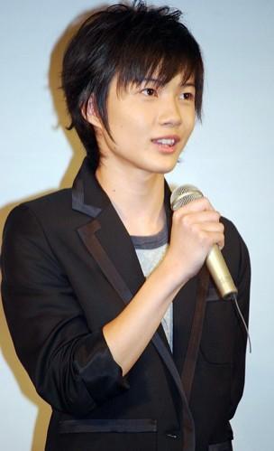 ryunosuke kamiki  Ryunosuke Kamiki Resimleri