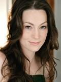 Anne Bates profil resmi