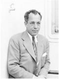 Charles MacArthur profil resmi