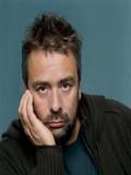 Luc Besson profil resmi