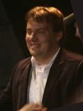 Miles Millar profil resmi