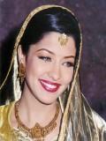 Aditi Govitrikar profil resmi