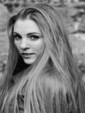 Annika Hammerton profil resmi
