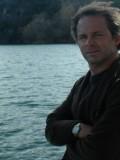 Chris Doubek profil resmi