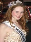 Elizabeth Hawthorne profil resmi