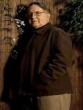 George Ogilvie profil resmi