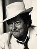 John Ewart profil resmi