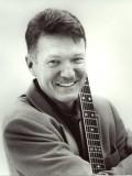 John Murphy profil resmi