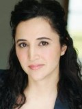 Melanie Bulujian profil resmi