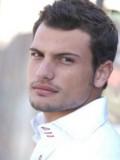 Roberto Urbina profil resmi