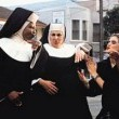 Yırtık Rahibe Resimleri