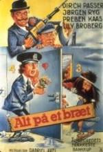 Alt På Et Bræt (1977) afişi