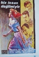 Biz İnsan Değil Miyiz? (1961) afişi