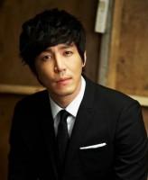 Choi Won-Young profil resmi