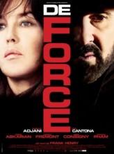Zorla (2011) afişi