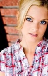 Hollie Winnard profil resmi