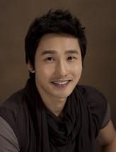 Hwang Dong-Joo