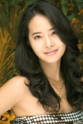 Kang Kyung-hun profil resmi