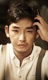 Kang Shin-Hyo