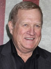 Ken Howard profil resmi