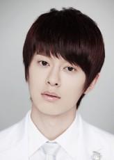 Kim Dong-Hyun (II)