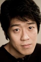 Kim Joong-ki (ii)