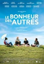 Le Bonheur Des Autres (2011) afişi