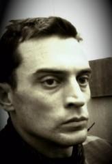 Nicholas Tucci profil resmi