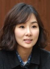 Park Ji-yoon (i)