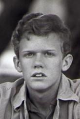 Robert MacNaughton profil resmi