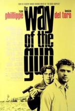 Silahların Gölgesinde (2000) afişi