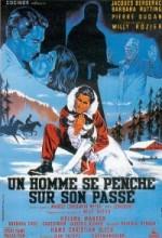 Un Homme Se Penche Sur Son Passé (1958) afişi