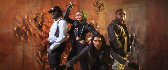 James Cameron, Black Eyed Peas Grubuna Katıldı